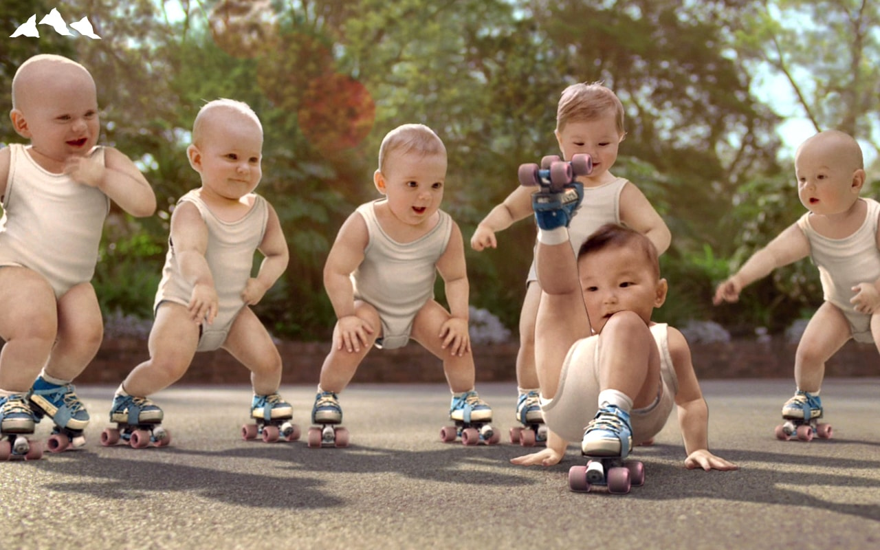 Attention, publicité mythique : Les roller-babies d'Evian