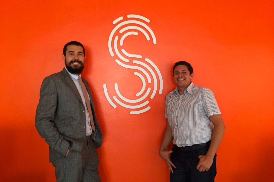 Une (longue) journée chez Synergie Media, avec Younes Qassimi et Mehdi Reghai
